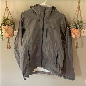 Grey patagonia raincoat/windbreaker
